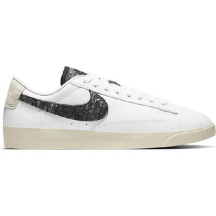 Women's Blazer Low SE Shoe