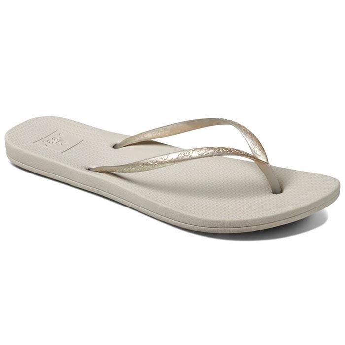 fc48f3a697c8 Women s Escape Lux Metals Flip Flop Sandal