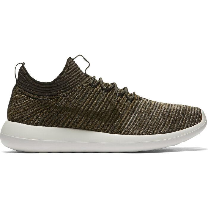 premium selection 81758 fc3bc Men\'s Roshe Two Flyknit V2 Sneaker