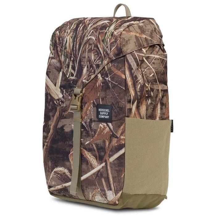 Barlow Medium Backpack